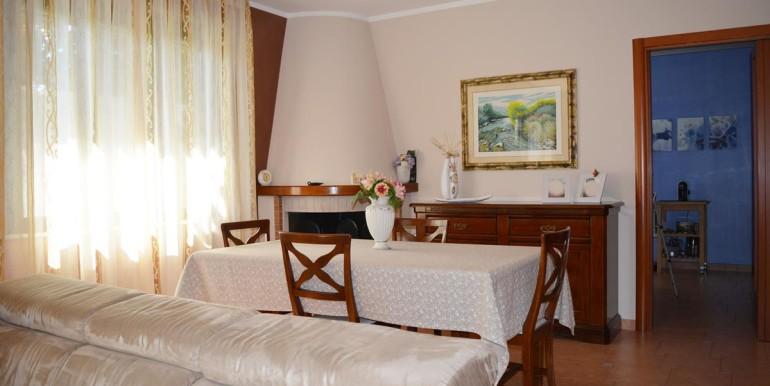 realizza-casa-montesilvano-villa-trifamiliare-di-testa09