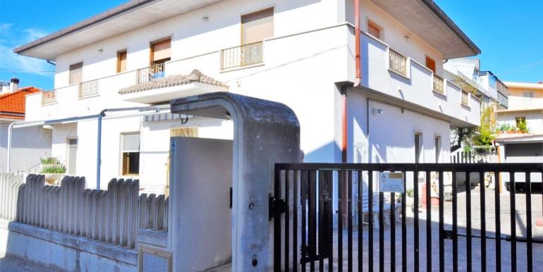 realizza-casa-pescara-colli-villa-bifamiliare-001
