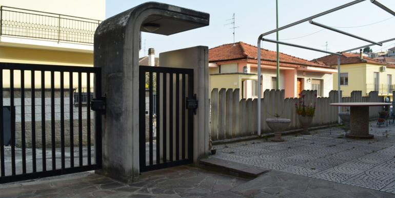 realizza-casa-pescara-colli-villa-bifamiliare-041