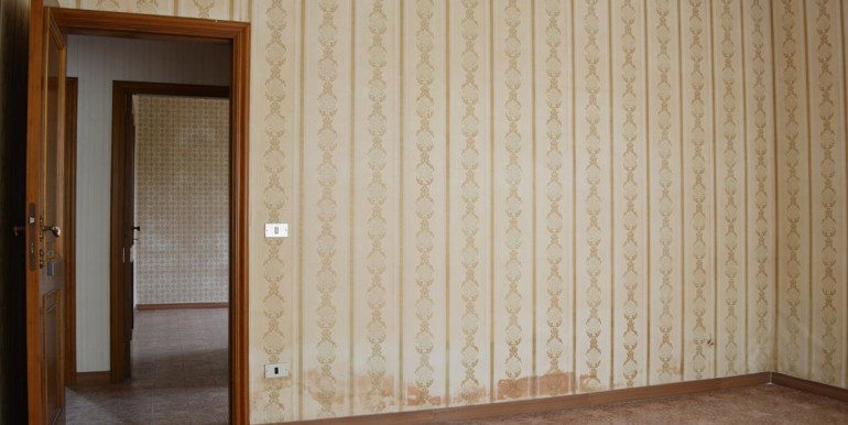 realizza-casa-montesilvano-centro-appartamento-attico-7-locali31