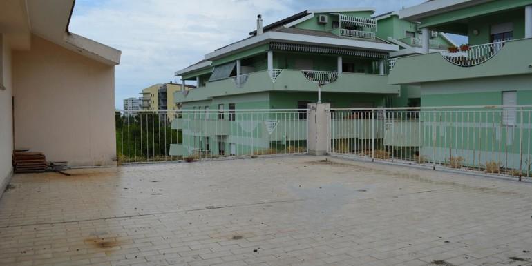 realizza-casa-montesilvano-centro-appartamento-attico-7-locali51