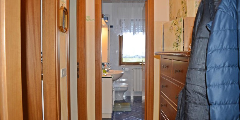 realizza-casa-collecorvino-appartamento-con-giardino-garage-cantina-12