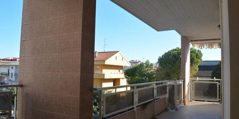realizza-casa-montesilvano-centro-appartamento-5-locali-garage-e-posto-auto-15