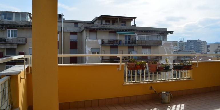 realizza-casa-pescara-portanuova-via-dei-peligni-attico-panoramico-035