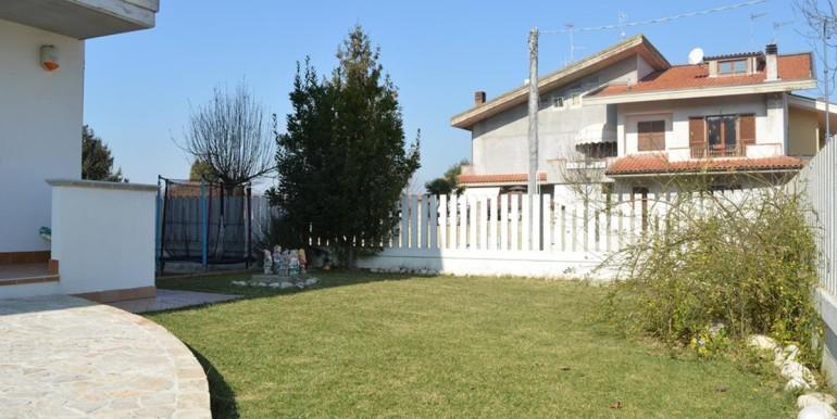 realizza-casa-moscufo-villetta-bifamiliare-035