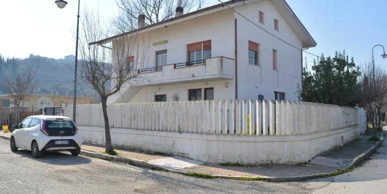 realizza-casa-moscufo-villetta-bifamiliare-037