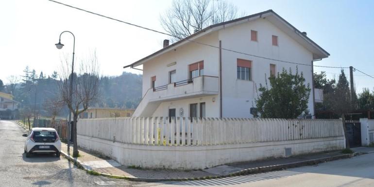 realizza-casa-moscufo-villetta-bifamiliare-038