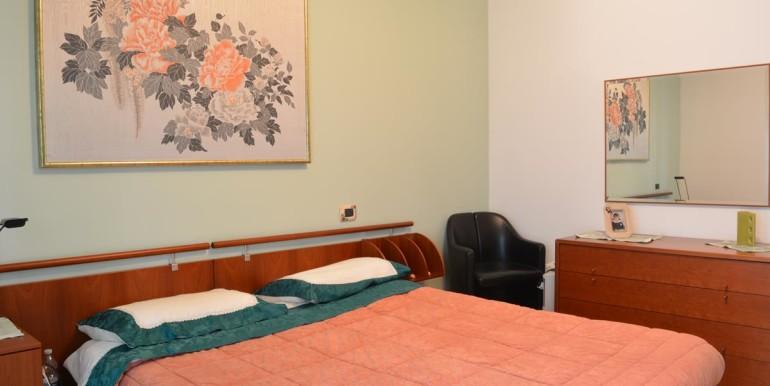 realizza-casa-roseto-appartamento-3-camere-garage-e-giardino-018