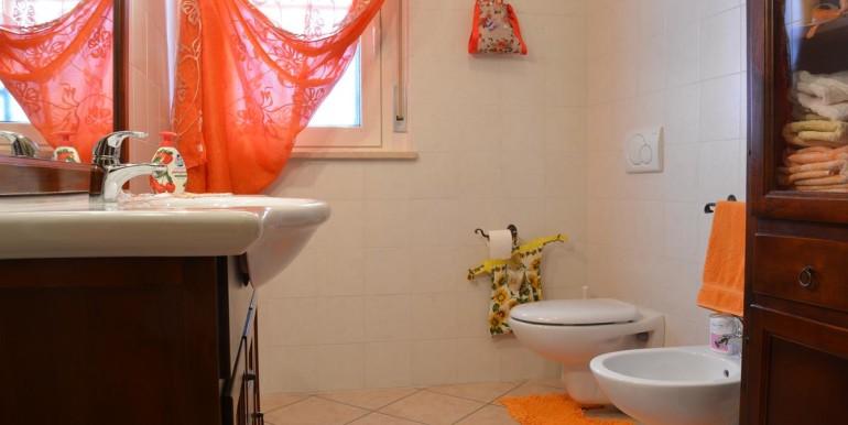 realizza-casa-roseto-appartamento-3-camere-garage-e-giardino-024