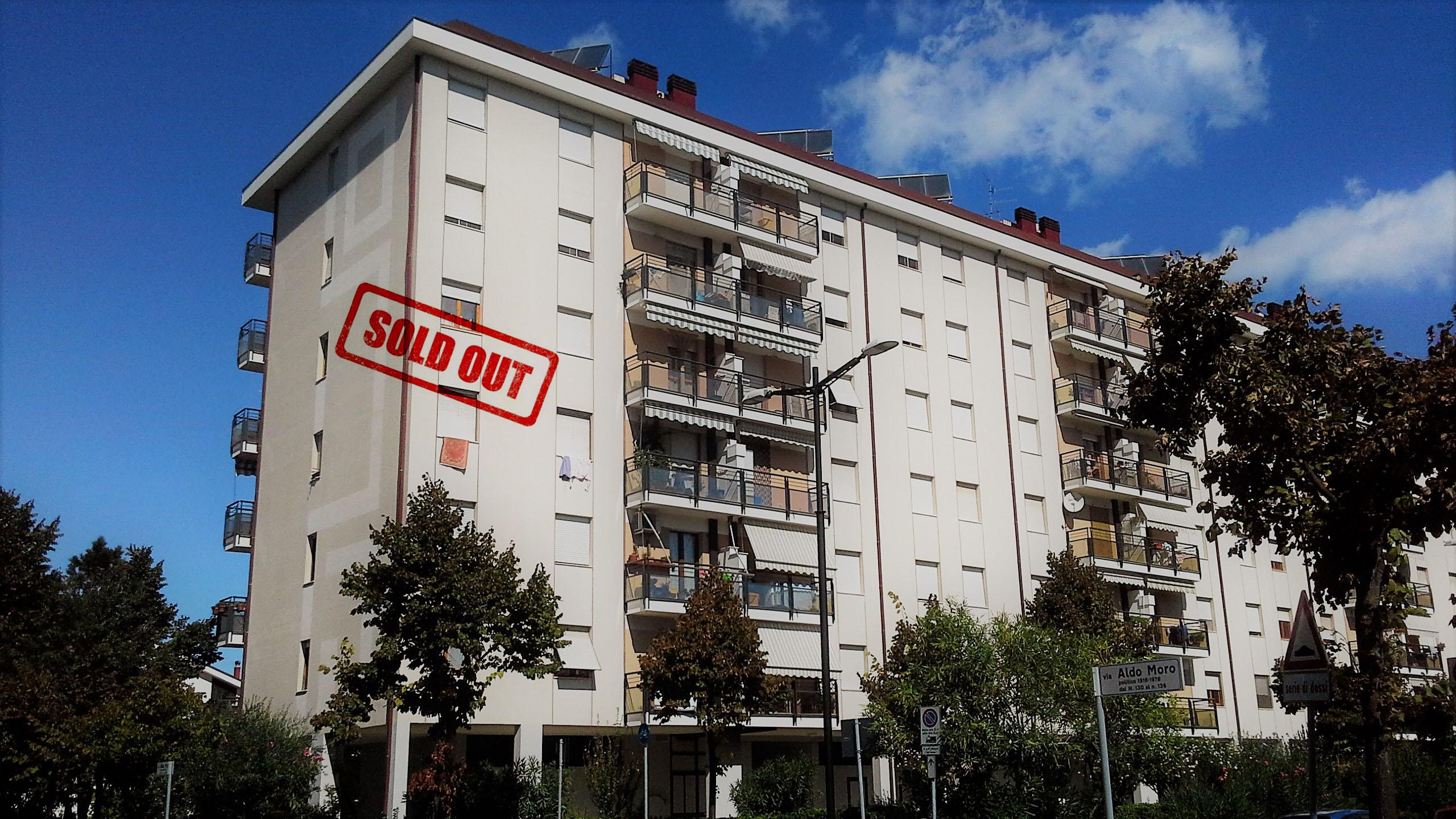 VENDUTO Appartamento 5 locali Viale Aldo Moro Pescara