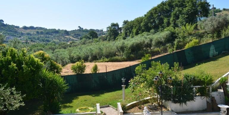 realizza-casa-montesilvano-villa-signorile-004