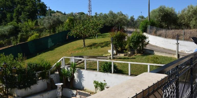 realizza-casa-montesilvano-villa-signorile-005