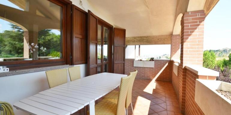 realizza-casa-montesilvano-villa-bifamiliare-con-piscina-011