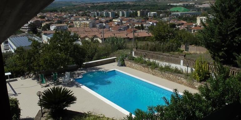 realizza-casa-montesilvano-villa-bifamiliare-con-piscina-014