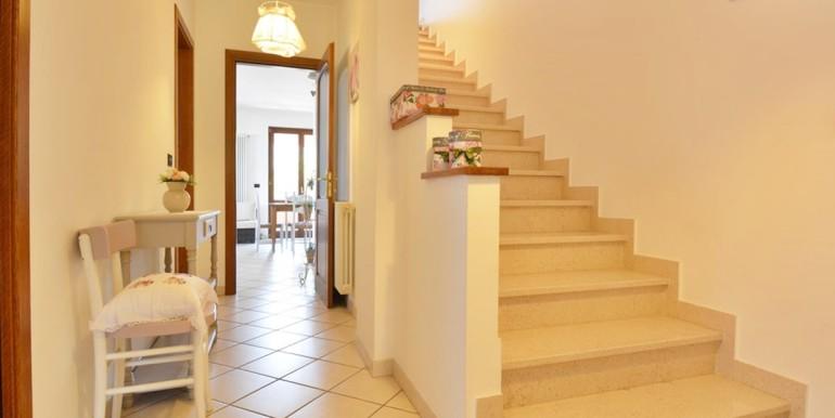 realizza-casa-montesilvano-villa-bifamiliare-con-piscina-015