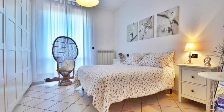 realizza-casa-montesilvano-villa-bifamiliare-con-piscina-017