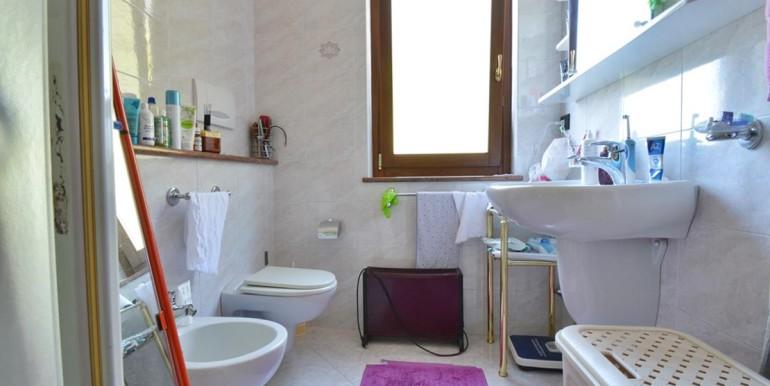 realizza-casa-montesilvano-villa-bifamiliare-con-piscina-041