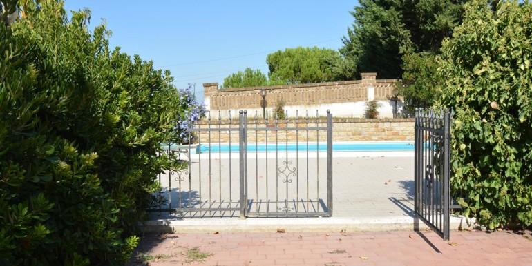 realizza-casa-montesilvano-villa-bifamiliare-con-piscina-057