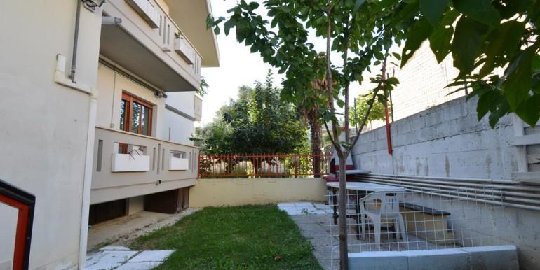 realizza-casa-pescara-colli-trilocale-con-giardino-013