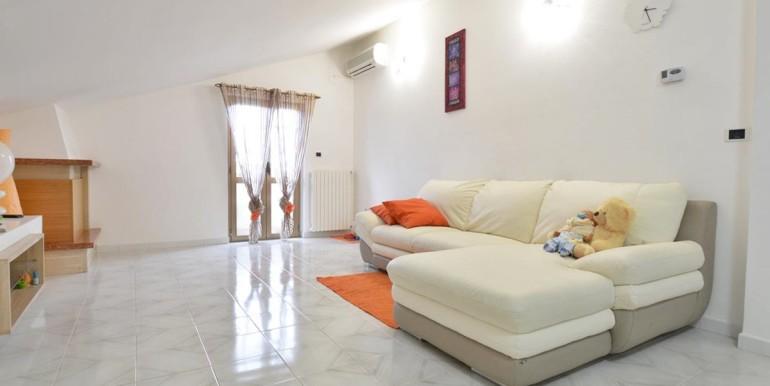 realizza-casa-montesilvano-zona-bingo-appartamento-mansardato-01