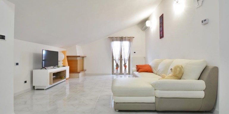 realizza-casa-montesilvano-zona-bingo-appartamento-mansardato-02