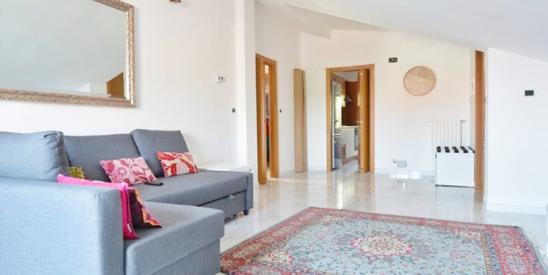 Realizza Casa - Montesilvano Zona Bingo Appartamento Mansardato 03