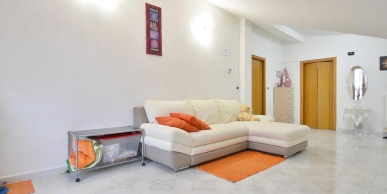 realizza-casa-montesilvano-zona-bingo-appartamento-mansardato-03