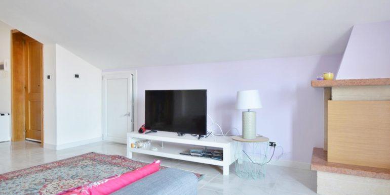 Realizza Casa - Montesilvano Zona Bingo Appartamento Mansardato 04