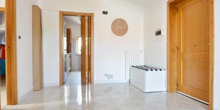 Realizza Casa - Montesilvano Zona Bingo Appartamento Mansardato 05
