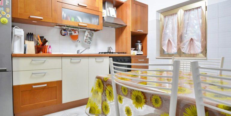 Realizza Casa - Montesilvano Zona Bingo Appartamento Mansardato 07