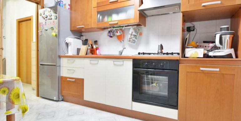 Realizza Casa - Montesilvano Zona Bingo Appartamento Mansardato 08