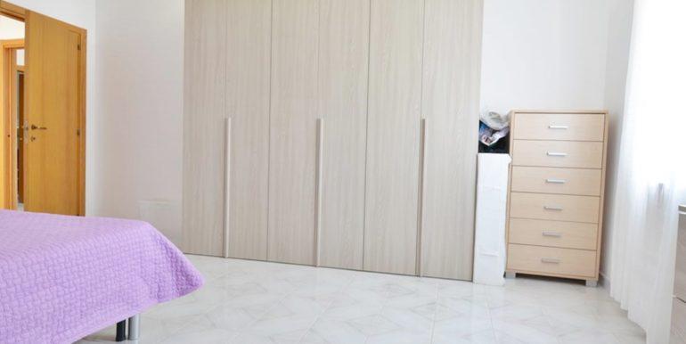 Realizza Casa - Montesilvano Zona Bingo Appartamento Mansardato 13