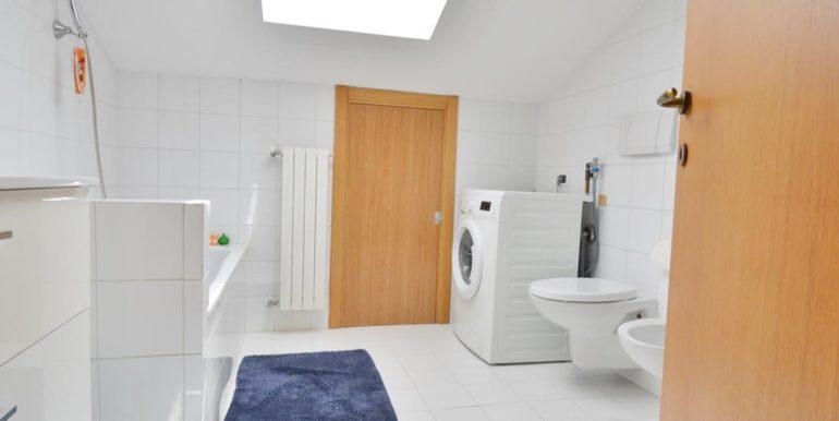 Realizza Casa - Montesilvano Zona Bingo Appartamento Mansardato 14