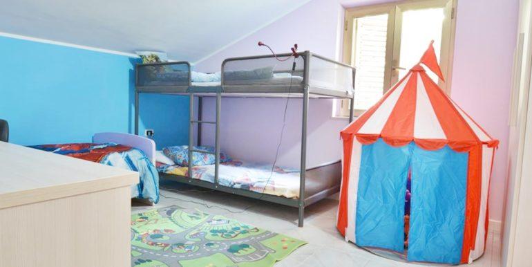Realizza Casa - Montesilvano Zona Bingo Appartamento Mansardato 15