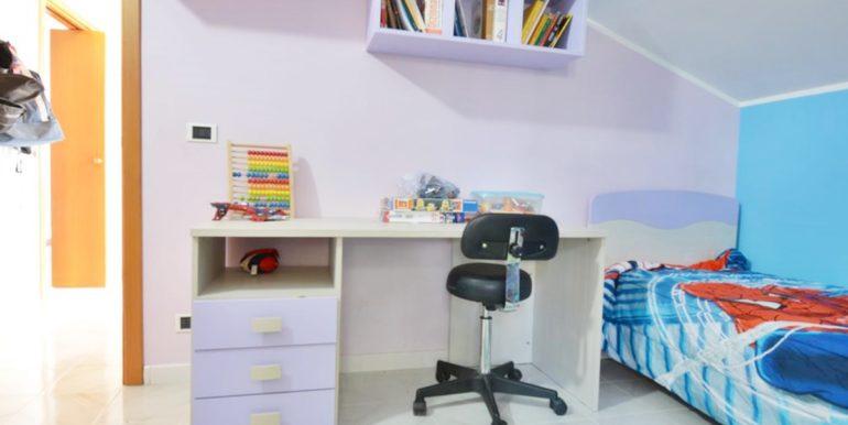 Realizza Casa - Montesilvano Zona Bingo Appartamento Mansardato 17