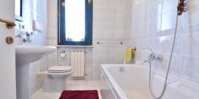 Realizza Casa - Montesilvano Trilocale Via D'Agnese 11