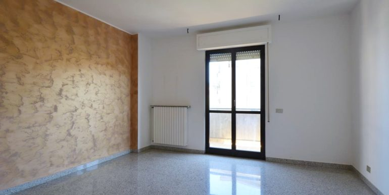 Realizza Casa - Montesilvano Appartamento 3 camere da letto 001