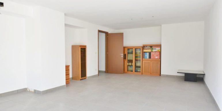 Realizza Casa - Montesilvano Locale Commerciale Via Verrotti 04