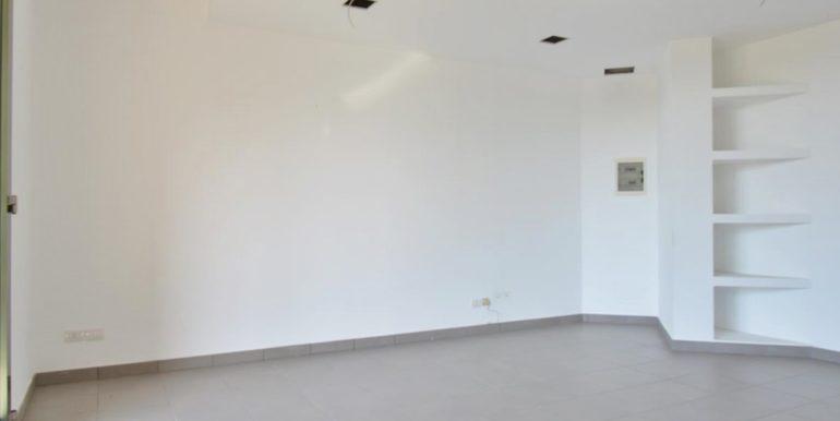 Realizza Casa - Montesilvano Locale Commerciale Via Verrotti 09