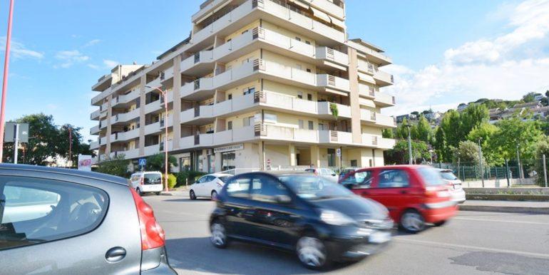 Realizza Casa - Montesilvano Locale Commerciale Via Verrotti 16