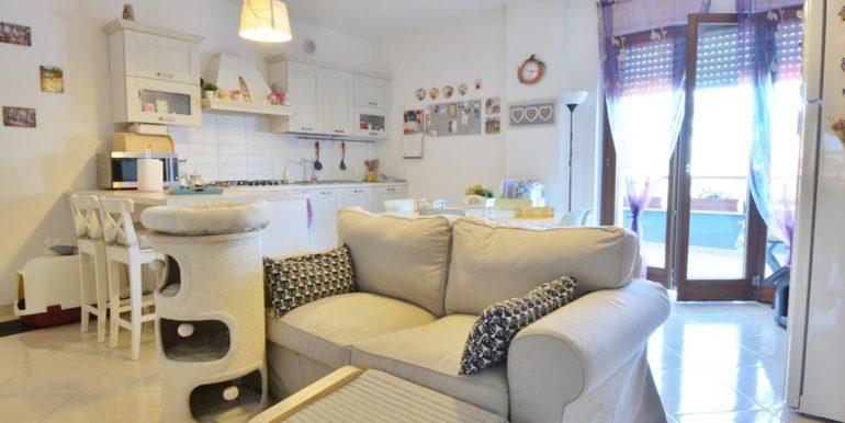 Realizza Casa - Residence Turenum Montesilvano Trilocale Arredato a Reddito 02