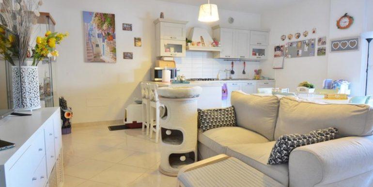 Realizza Casa - Residence Turenum Montesilvano Trilocale Arredato a Reddito 03