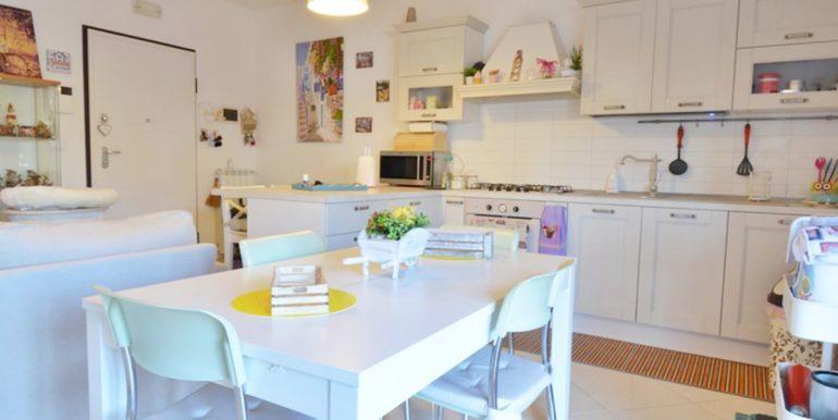 Realizza Casa - Residence Turenum Montesilvano Trilocale Arredato a Reddito 04
