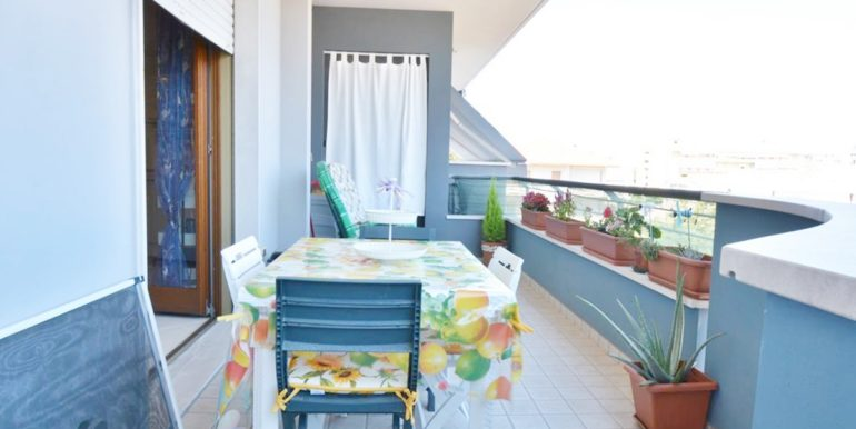 Realizza Casa - Residence Turenum Montesilvano Trilocale Arredato a Reddito 07
