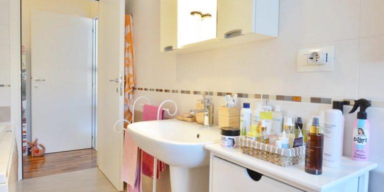 Realizza Casa - Residence Turenum Montesilvano Trilocale Arredato a Reddito 09