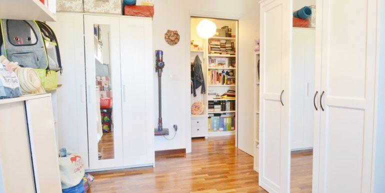 Realizza Casa - Residence Turenum Montesilvano Trilocale Arredato a Reddito 11