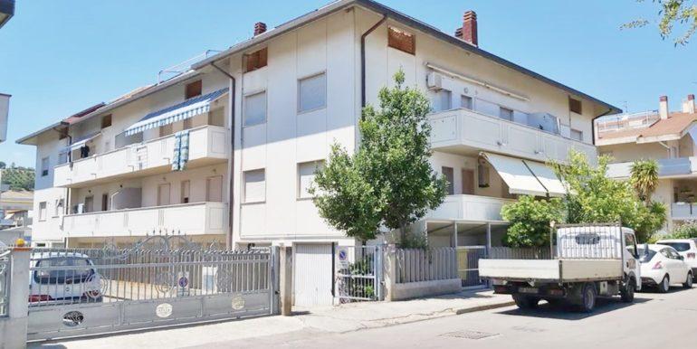 Realizza Casa - Silvi Marina Appartamento Mansardato 01