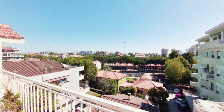 Realizza Casa - Montesilvano Centro appartamento attico 7 locali56