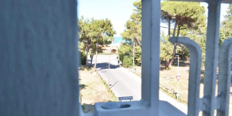 Realizza Casa - Montesilvano Via Adige prima fila mare 010