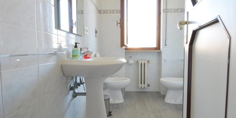 Realizza Casa - Montesilvano Via Adige prima fila mare 016
